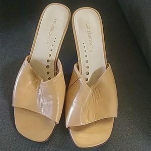 """Tan slip on heel 2.5"""" sandal 7m Liz Claiborne"""